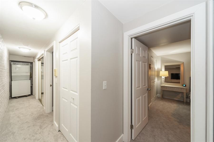 Real Estate Photography - 4618 N. Racine Avenue, Unit 1F, Chicago, IL, 60640 - Hallway