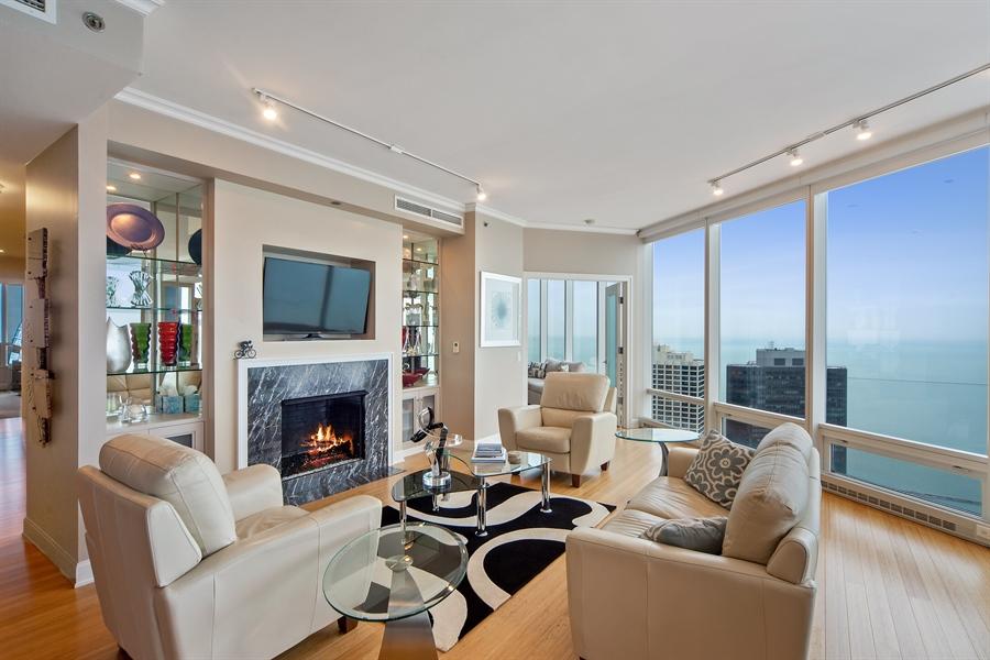 Real Estate Photography - 340 E. RANDOLPH Street, Unit 5401, Chicago, IL, 60601 - Living Room
