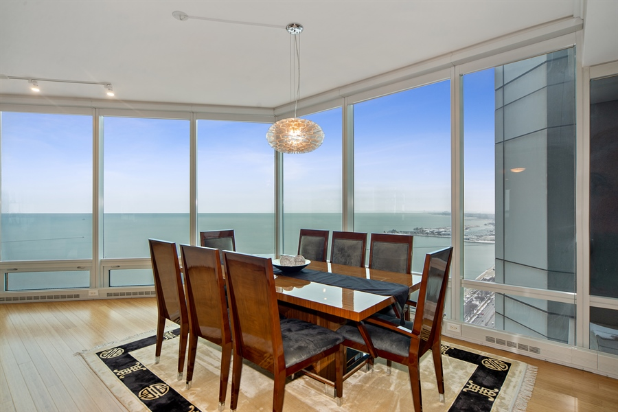 Real Estate Photography - 340 E. RANDOLPH Street, Unit 5401, Chicago, IL, 60601 - Dining Room