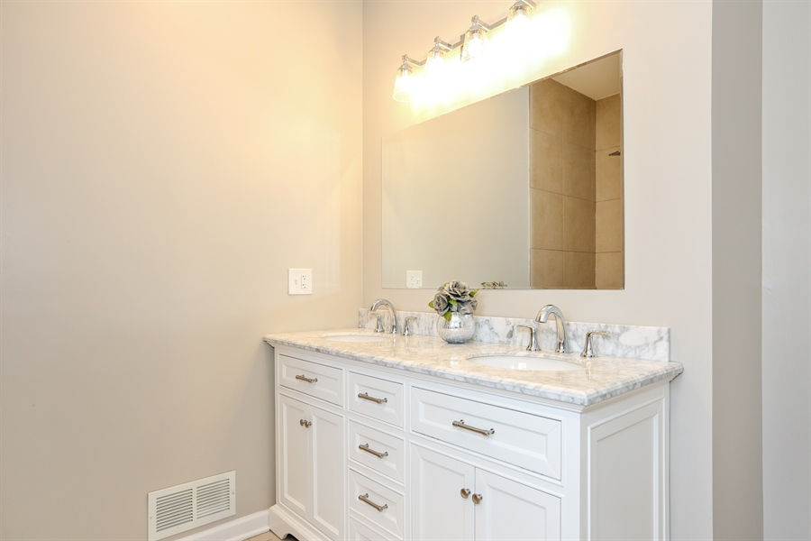 Real Estate Photography - 1803 Haddon Street, Melrose Park, IL, 60160 - Master Bathroom