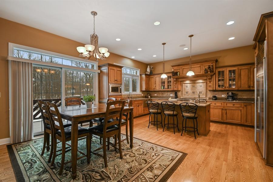Real Estate Photography - 20163 Alison Trail, Mokena, IL, 60448 - Kitchen / Breakfast Room