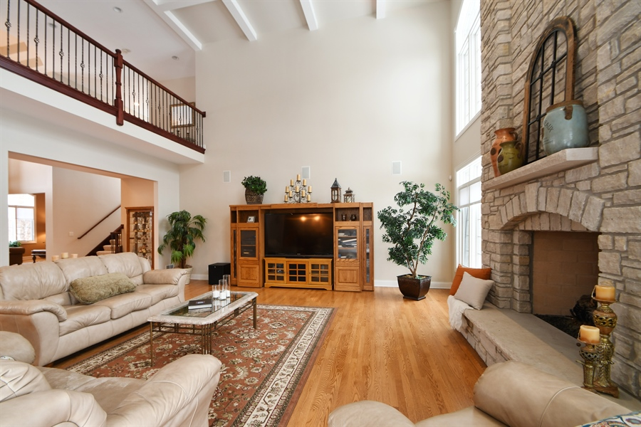 Real Estate Photography - 20163 Alison Trail, Mokena, IL, 60448 - Family Room