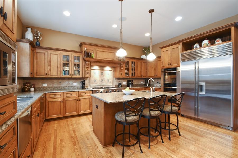 Real Estate Photography - 20163 Alison Trail, Mokena, IL, 60448 - Kitchen