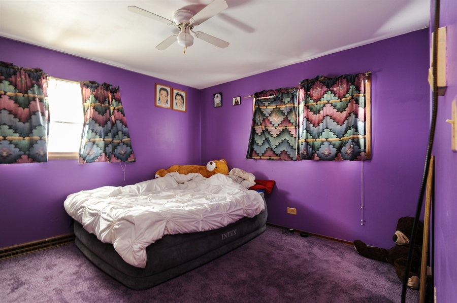 Real Estate Photography - 401 Baldwin Avenue, Waukegan, IL, 60085 - 2nd Bedroom