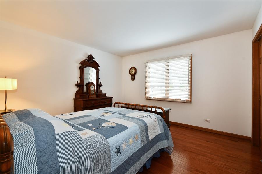 Real Estate Photography - 1660 Fox Trail Drive, Batavia, IL, 60510 - 3rd Bedroom