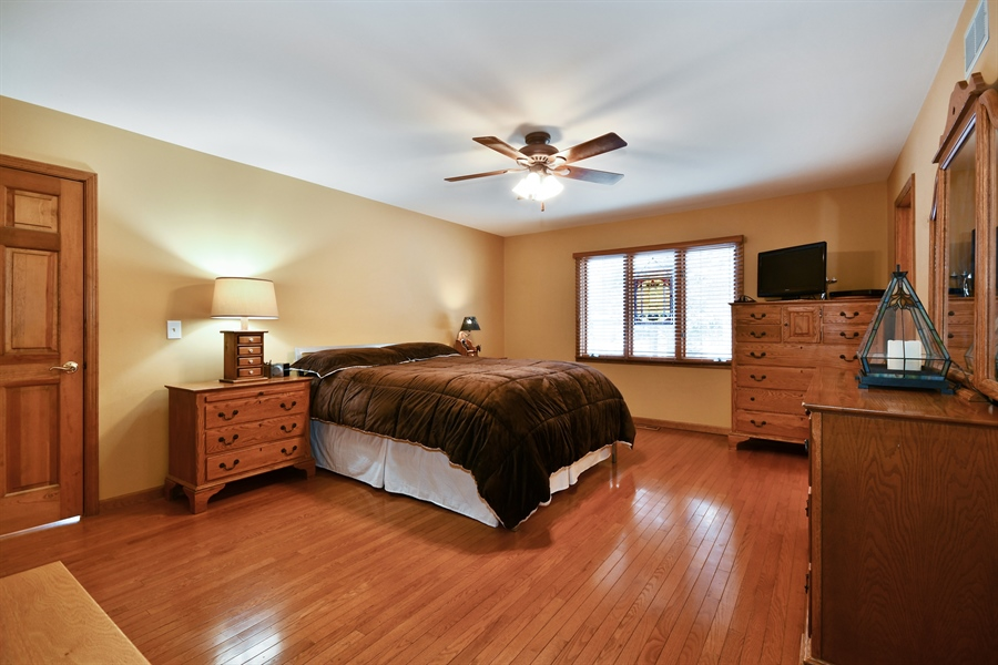 Real Estate Photography - 1660 Fox Trail Drive, Batavia, IL, 60510 - Master Bedroom