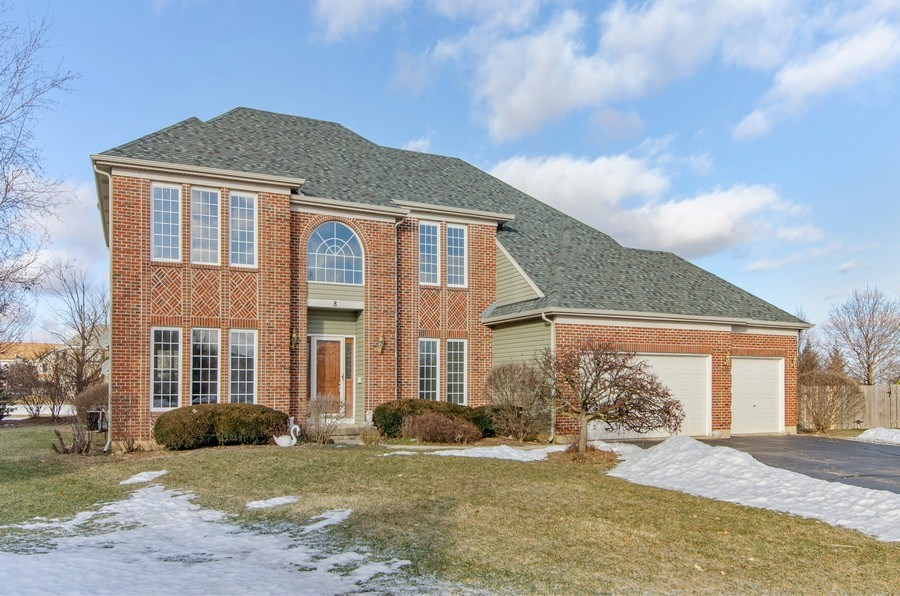 Real Estate Photography - 8 Tealwood Court, Algonquin, IL, 60102 - Front View