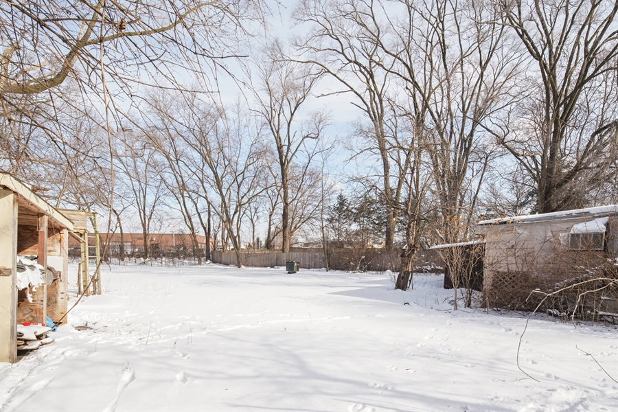 Real Estate Photography - 1418 E. Olive Street, Arlington Heights, IL, 60004 - Back Yard