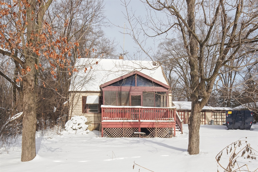 Real Estate Photography - 1418 E. Olive Street, Arlington Heights, IL, 60004 - Front View