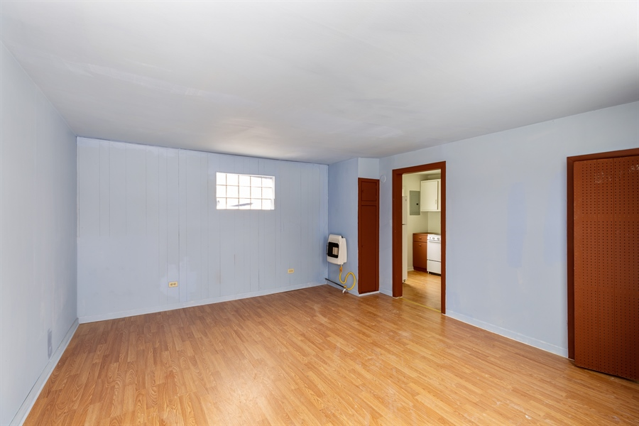 Real Estate Photography - 2030 W. Exchange Street, Crete, IL, 60417 - Family Room