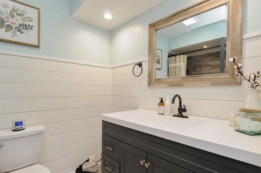 Real Estate Photography - 43W850 Nottingham Drive, Elburn, IL, 60119 - 2nd Bathroom