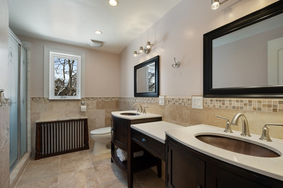 Real Estate Photography - 258 Lagoon Drive, Northfield, IL, 60093 - Master Bathroom