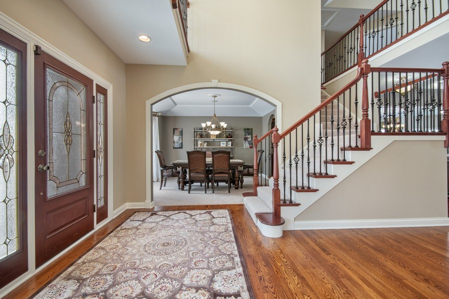 Real Estate Photography - 2219 Kane Lane, Batavia, IL, 60510 - Foyer