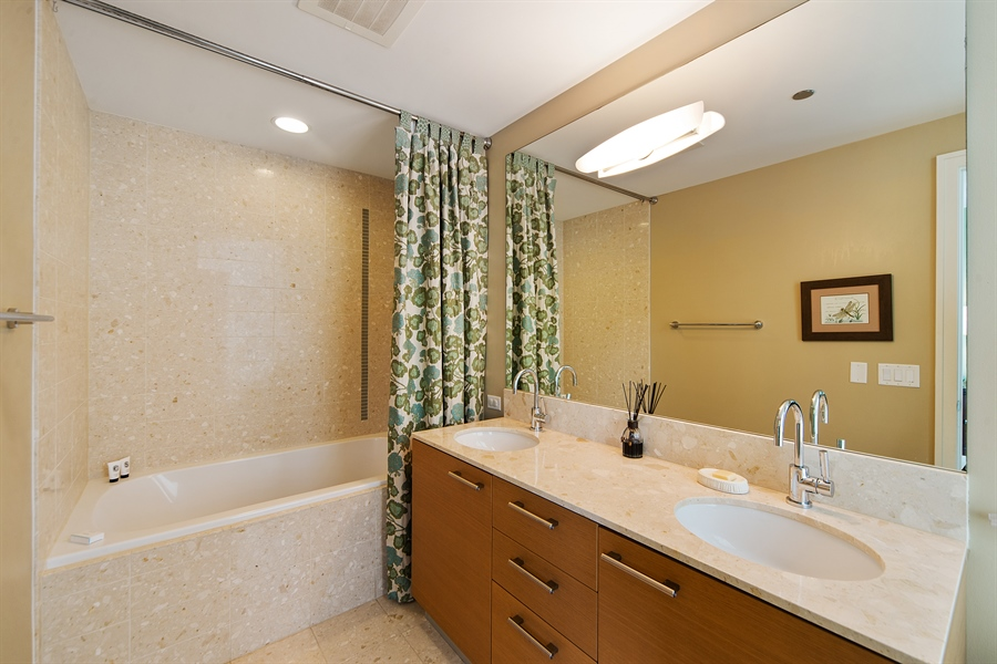 Real Estate Photography - 340 E. Randolph Street, Unit 1706, Chicago, IL, 60601 - Master Bathroom