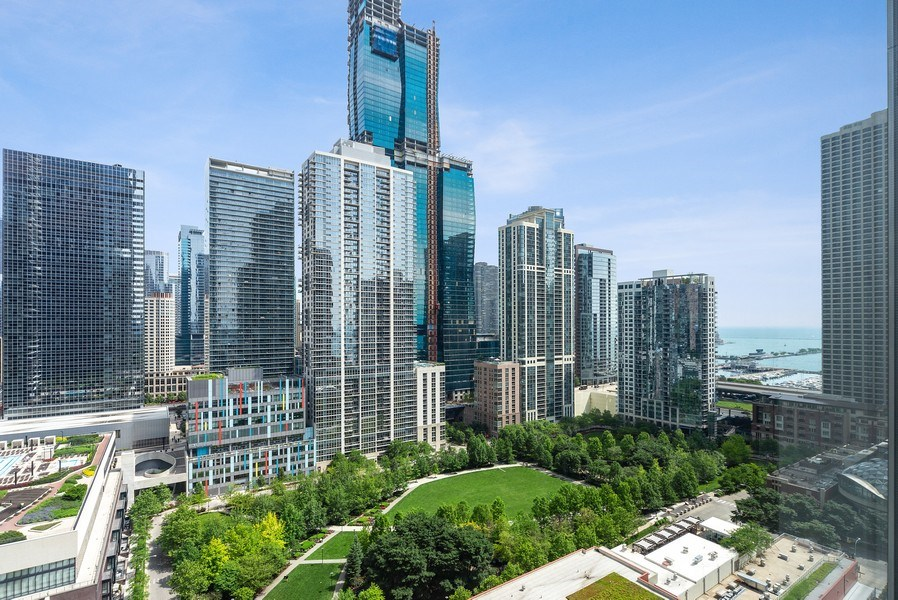 Real Estate Photography - 340 E. Randolph Street, Unit 1706, Chicago, IL, 60601 - View