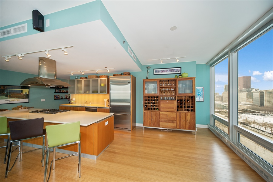 Real Estate Photography - 340 E. Randolph Street, Unit 1706, Chicago, IL, 60601 - Kitchen