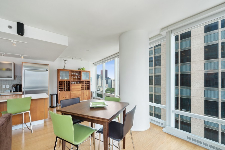 Real Estate Photography - 340 E. Randolph Street, Unit 1706, Chicago, IL, 60601 - Dining Room