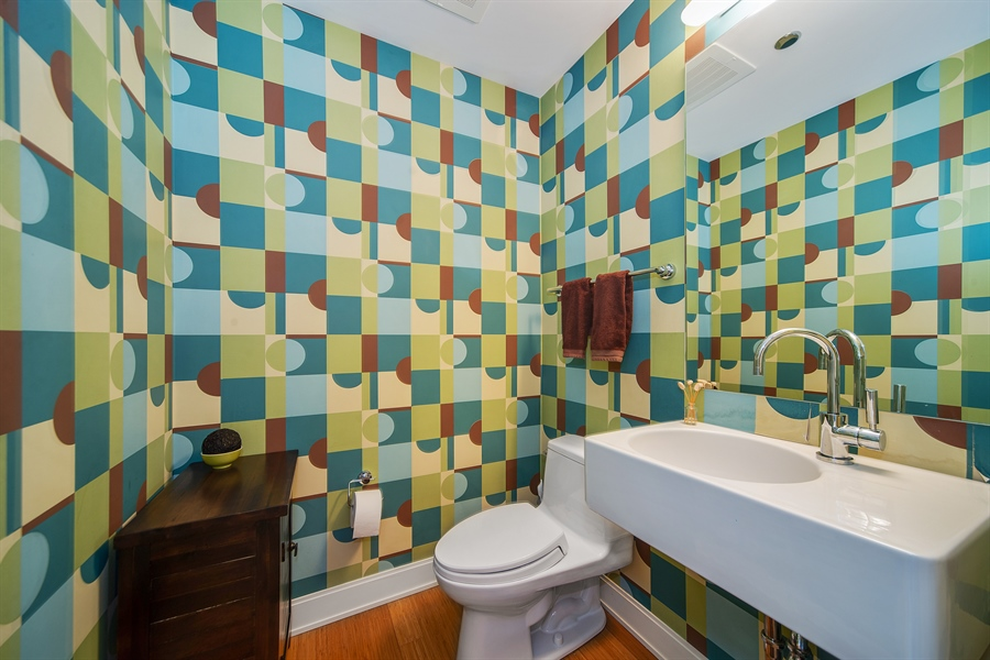 Real Estate Photography - 340 E. Randolph Street, Unit 1706, Chicago, IL, 60601 - Half Bath