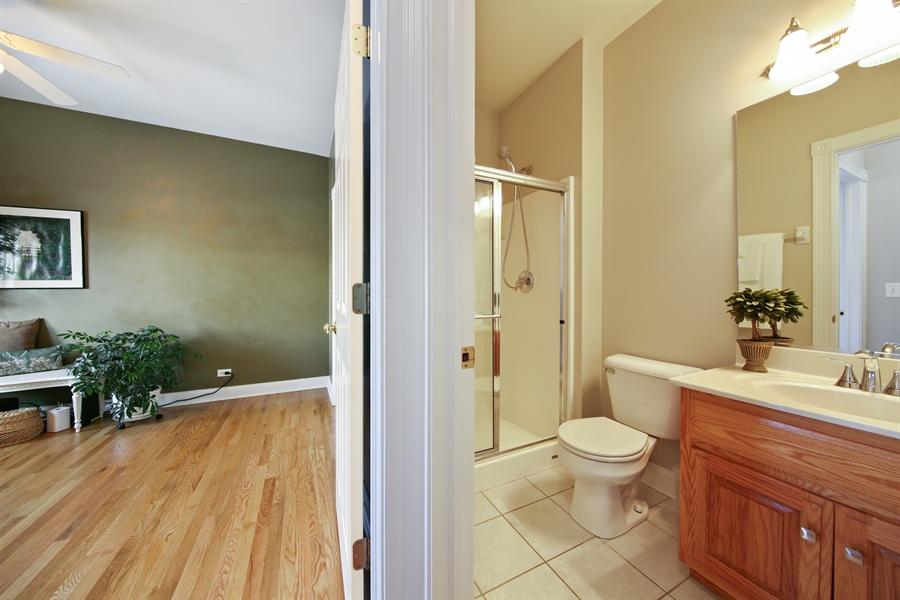 Real Estate Photography - 2907 Nicole Drive, Naperville, IL, 60564 - First Floor Full Bath