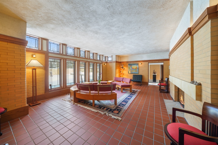 Real Estate Photography - 336 Coonley Road, Riverside, IL, 60546 - Living Room