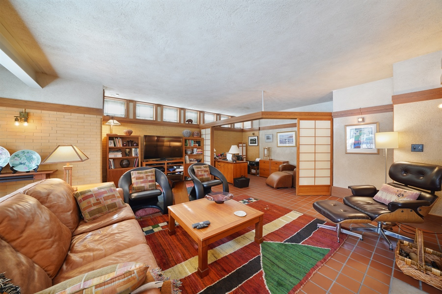 Real Estate Photography - 336 Coonley Road, Riverside, IL, 60546 - Family Room