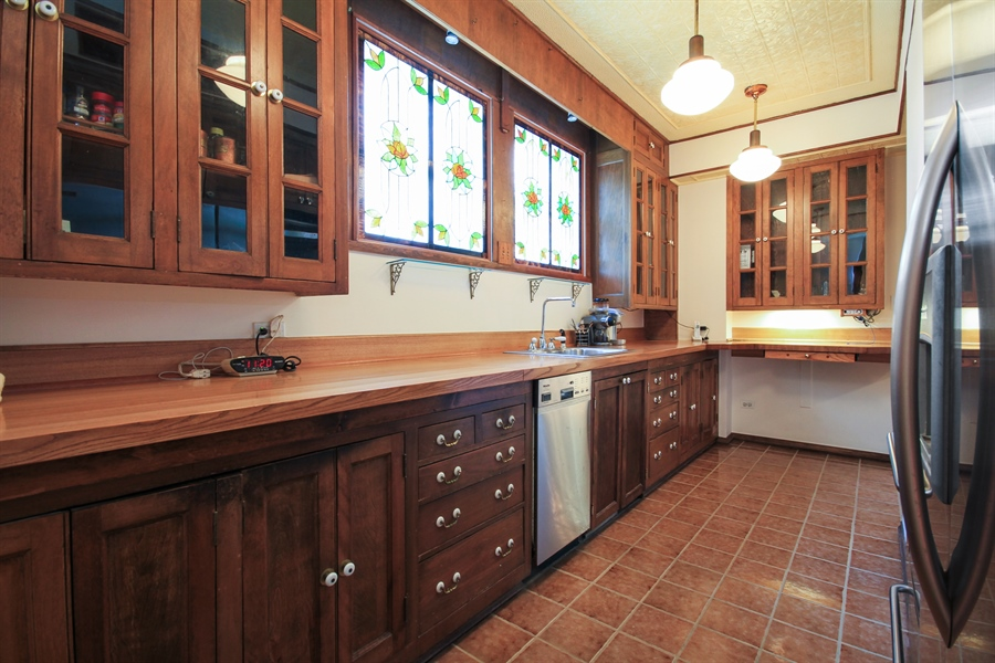 Real Estate Photography - 210 East Pearson St, 9D, Chicago, IL, 60611 - Kitchen