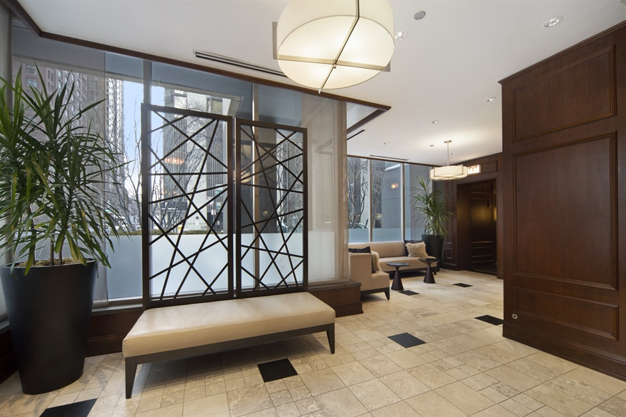 Real Estate Photography - 1035 N. DEARBORN Street, Unit 20, Chicago, IL, 60610 - Lobby