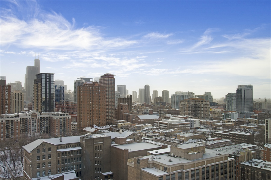 Real Estate Photography - 1035 N. DEARBORN Street, Unit 20, Chicago, IL, 60610 - City View