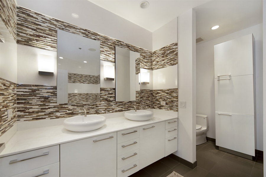 Real Estate Photography - 1035 N. DEARBORN Street, Unit 20, Chicago, IL, 60610 - Master Bathroom