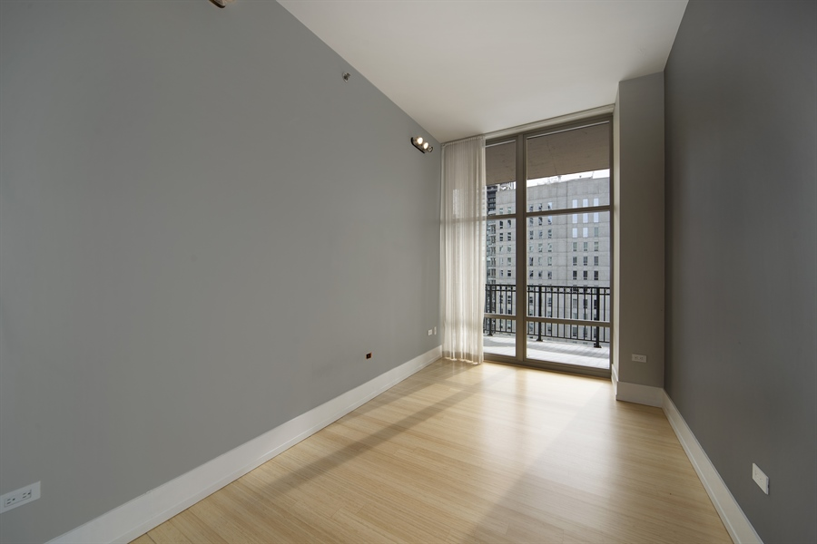 Real Estate Photography - 1035 N. DEARBORN Street, Unit 20, Chicago, IL, 60610 - Study