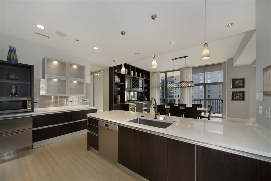 Real Estate Photography - 1035 N. DEARBORN Street, Unit 20, Chicago, IL, 60610 - Kitchen
