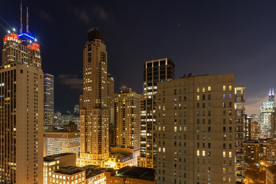 Real Estate Photography - 1035 N. DEARBORN Street, Unit 20, Chicago, IL, 60610 -