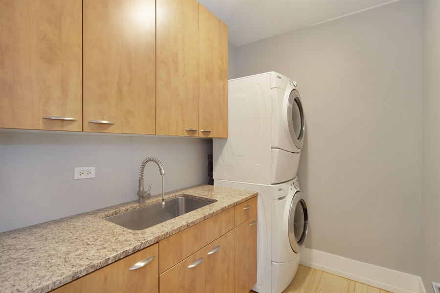 Real Estate Photography - 1035 N. DEARBORN Street, Unit 20, Chicago, IL, 60610 - Laundry Room
