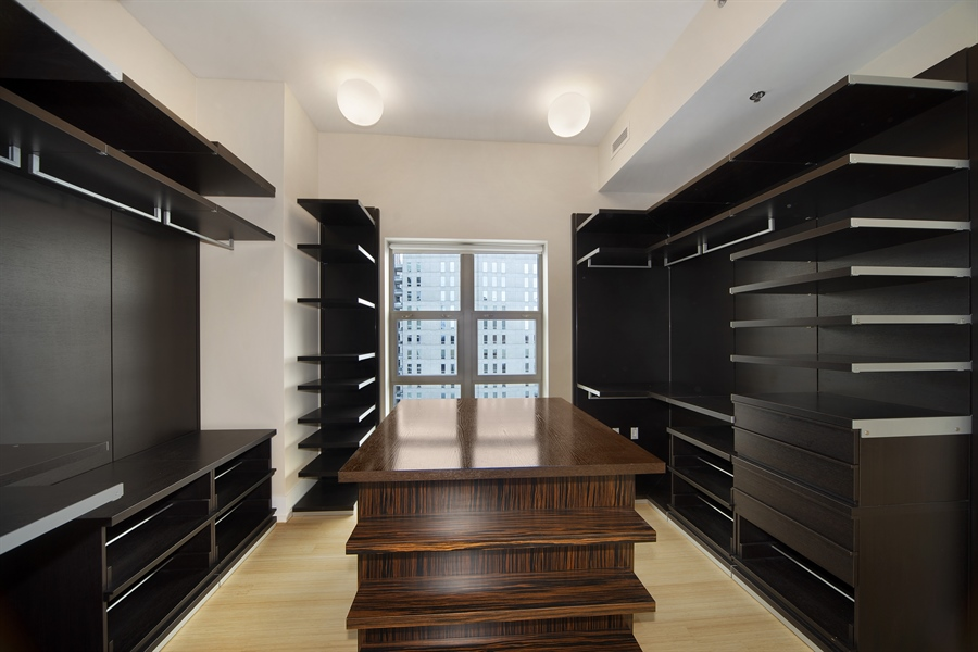 Real Estate Photography - 1035 N. DEARBORN Street, Unit 20, Chicago, IL, 60610 - Closet
