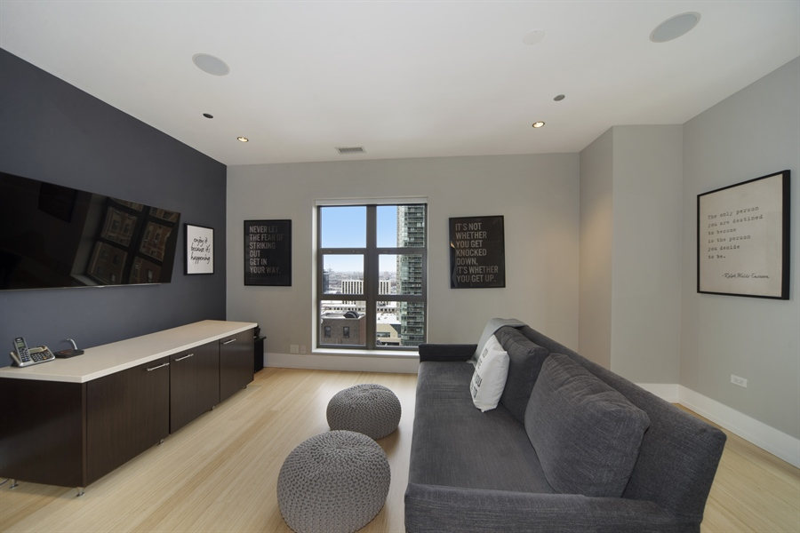 Real Estate Photography - 1035 N. DEARBORN Street, Unit 20, Chicago, IL, 60610 - Den