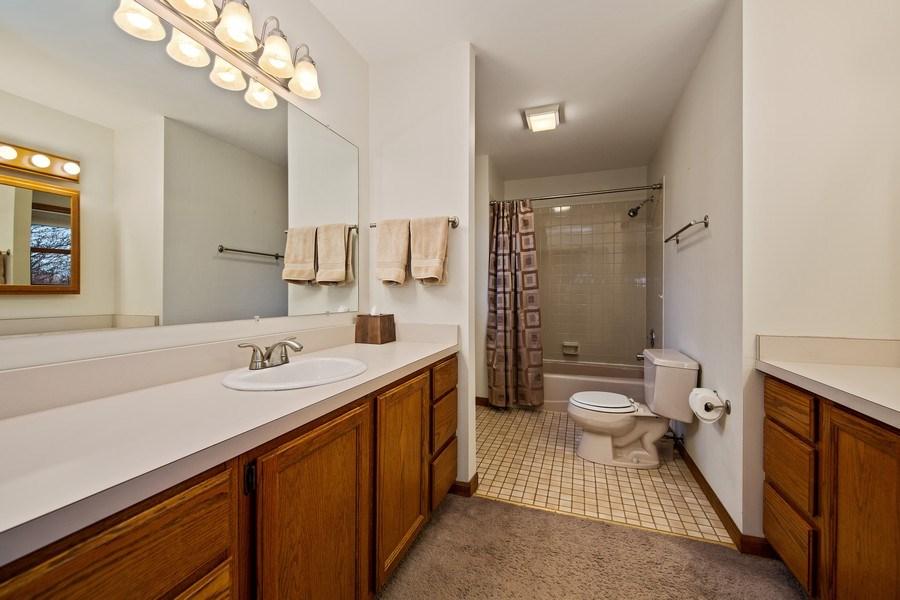 Real Estate Photography - 1385 Valayna Drive, Aurora, IL, 60504 - Master Bathroom