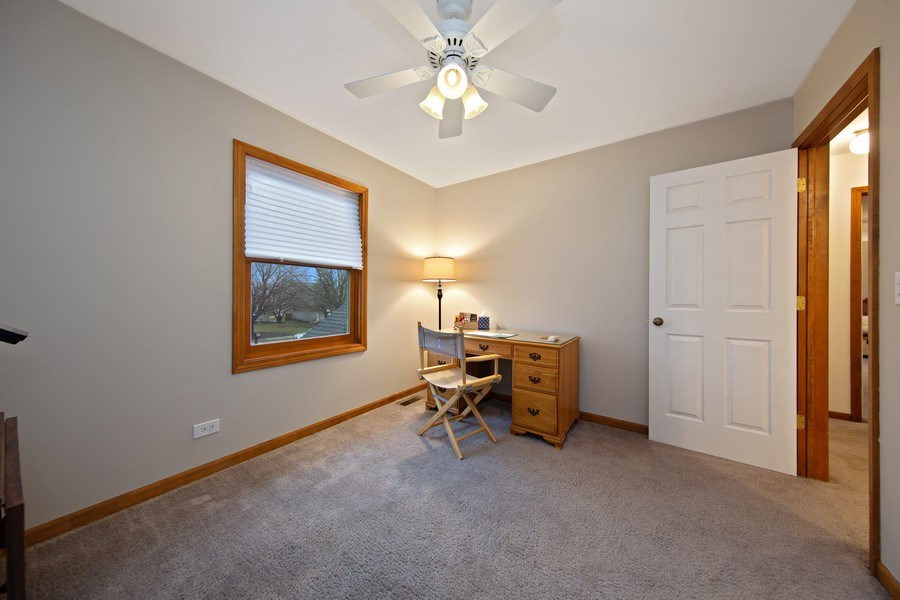 Real Estate Photography - 1385 Valayna Drive, Aurora, IL, 60504 - Bedroom