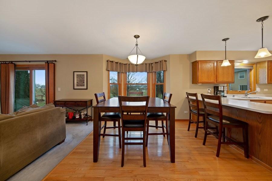 Real Estate Photography - 1385 Valayna Drive, Aurora, IL, 60504 - Breakfast Area