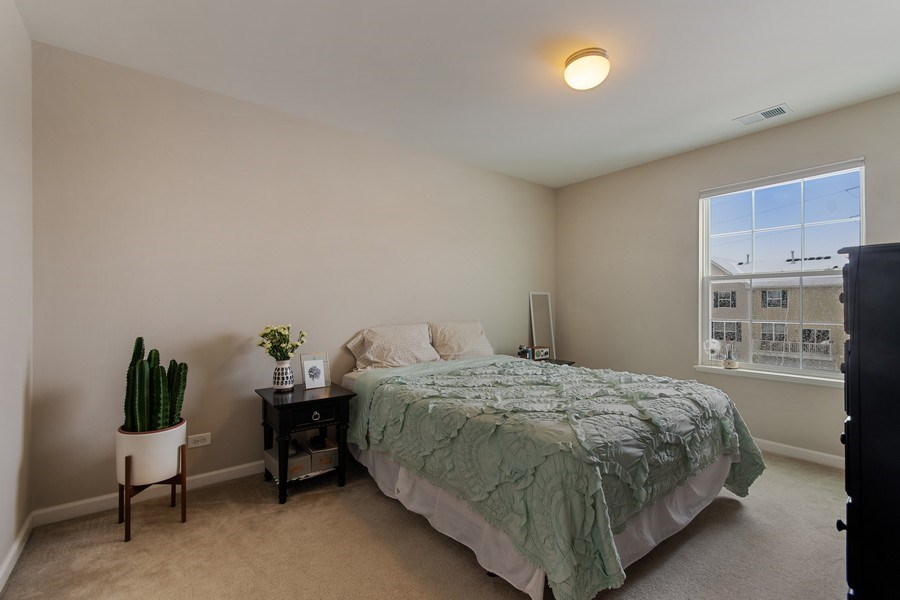 Real Estate Photography - 4048 POMPTON Avenue, Elgin, IL, 60124 - 2nd Bedroom