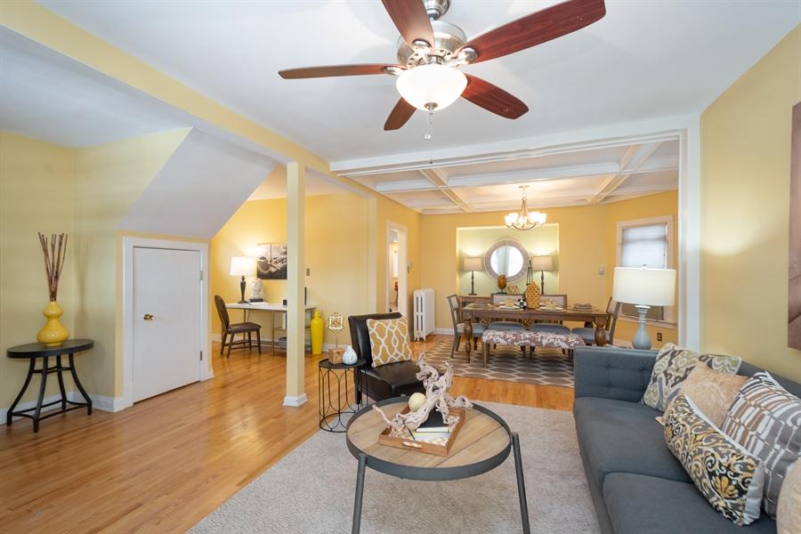 Real Estate Photography - 808 N. Humphrey Avenue, Oak Park, IL, 60302 - 1st Floor Overview