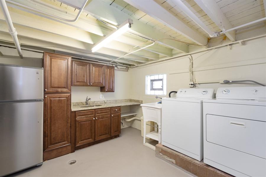 Real Estate Photography - 808 N. Humphrey Avenue, Oak Park, IL, 60302 - Laundry Room