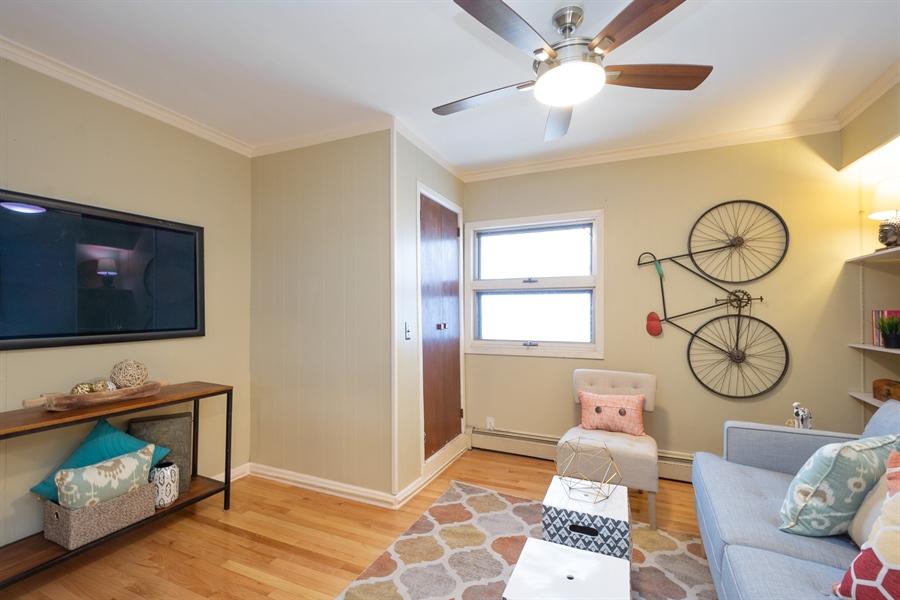 Real Estate Photography - 808 N. Humphrey Avenue, Oak Park, IL, 60302 - 1st Floor Den/Family Room/Office/Guest Room