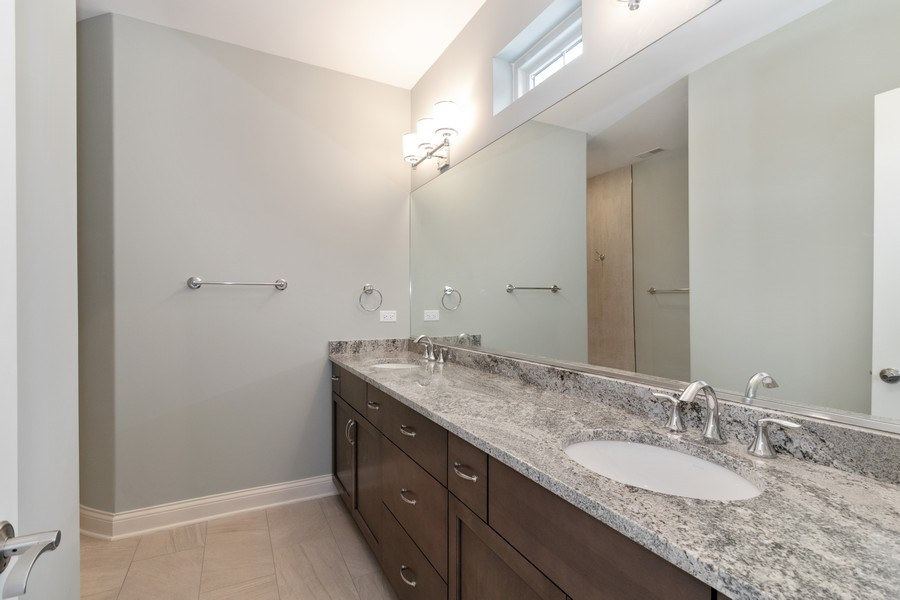 Real Estate Photography - 1513 George Street, Downers Grove, IL, 60516 - Master Bathroom