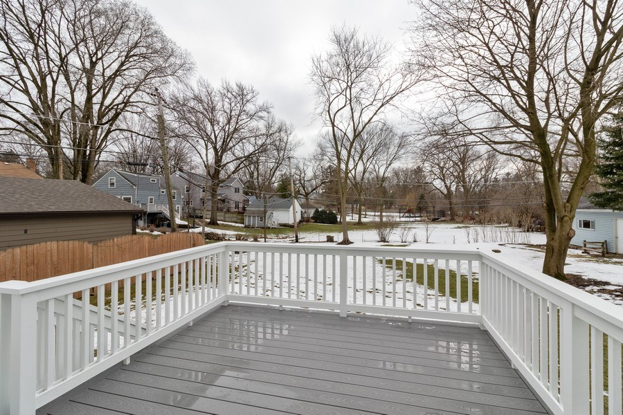 Real Estate Photography - 1513 George Street, Downers Grove, IL, 60516 - Deck