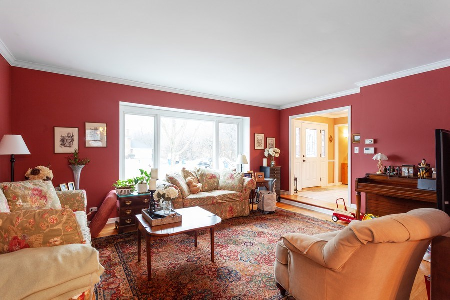 Real Estate Photography - 3860 Belleaire Drive, Downers Grove, IL, 60515 - Living Room