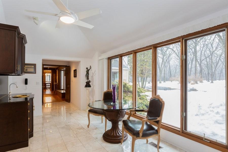 Real Estate Photography - 37 Braeburn Lane, Barrington Hills, IL, 60010 - Sun Room