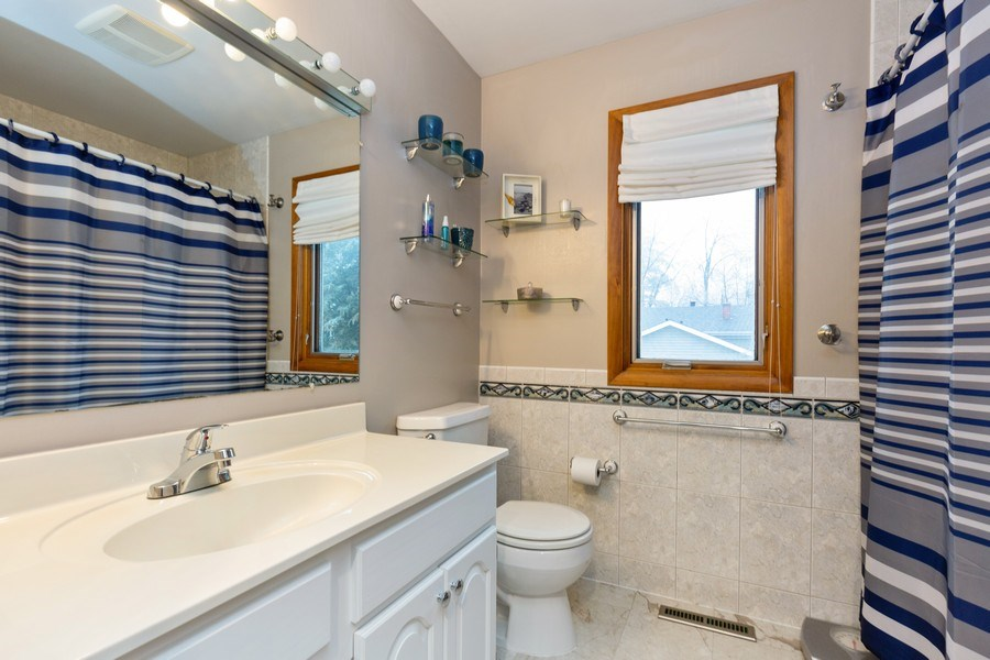 Real Estate Photography - 558 Greenbrier Lane, Crystal Lake, IL, 60014 - Master Bathroom