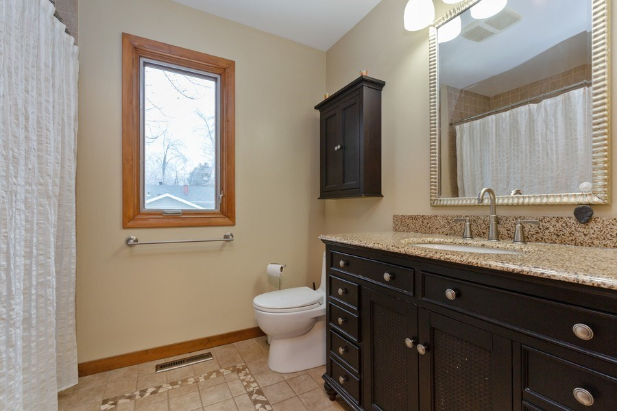 Real Estate Photography - 558 Greenbrier Lane, Crystal Lake, IL, 60014 - Bathroom