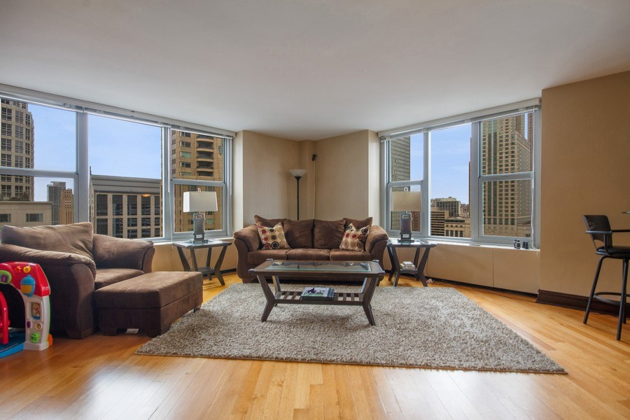 Real Estate Photography - 777 N. Michigan Avenue, Unit 2101, Chicago, IL, 60611 - Living Room