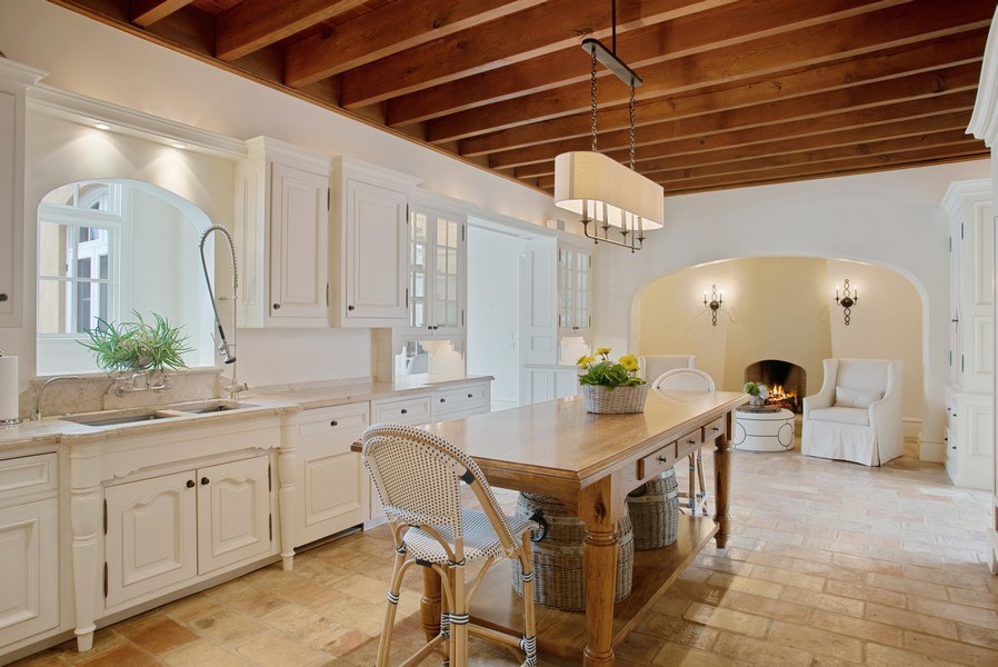 Real Estate Photography - 111 E. ONWENTSIA Road, Lake Forest, IL, 60045 - Kitchen